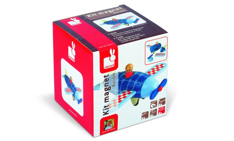 Magnetic Airplane Kit Packaging