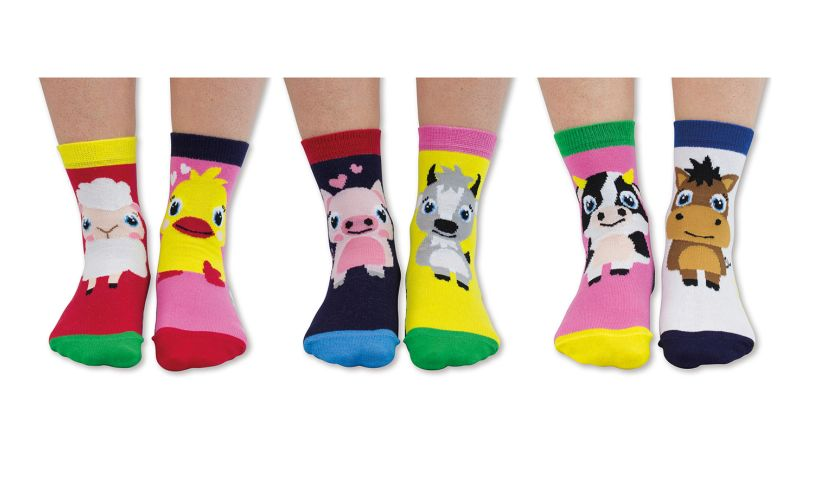 Pen Pals United Odd Socks