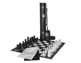 Playmagnus Chess Set
