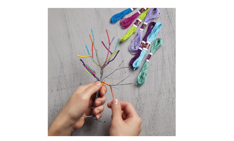 The Tiny Yarn Tree Kit - awesome display