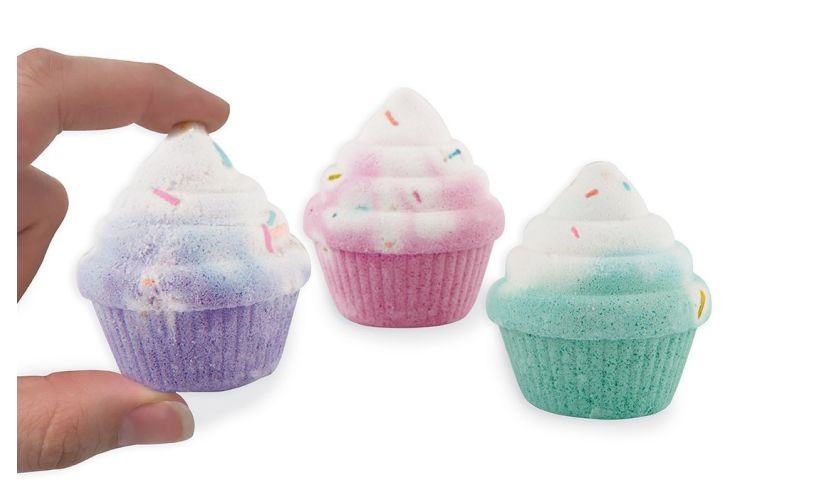 Cupcake Scented Bath Bomb Gift Set contents