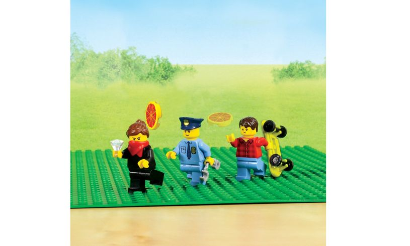 Make Your Own Lego Movie display