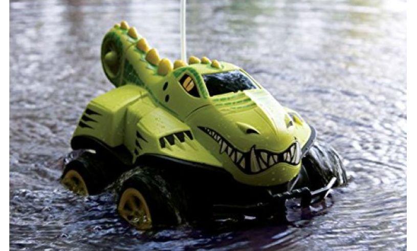 Amphibious remote control crocodile car