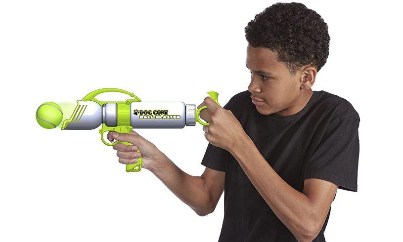 'Dog Gone Tennis Ball Blaster' kid