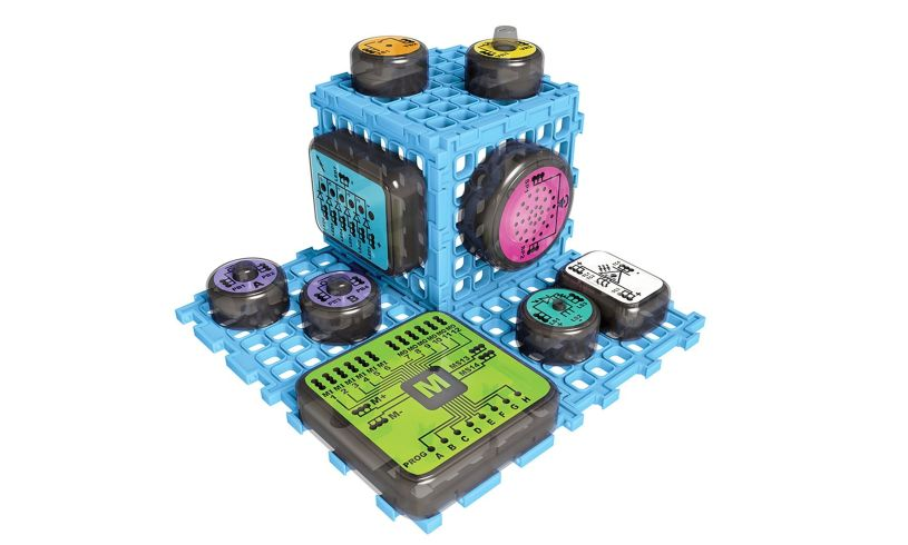 Games & Gadgets Electronics Lab Detail