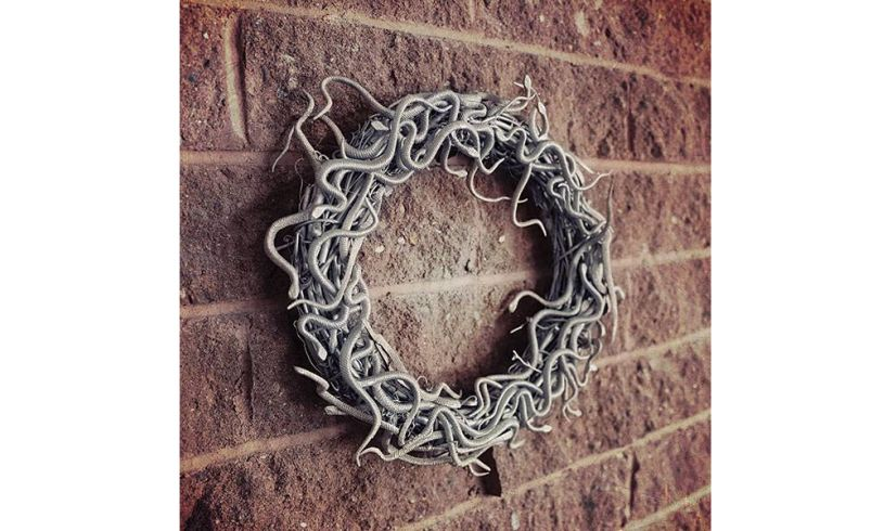 Unofficial Guide to Crafting the World of Harry Potter Wreath