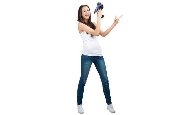 Shooting Star - Infrared Gaming woman
