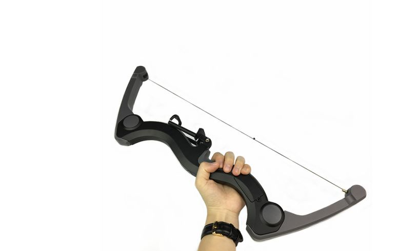 Upshot Smart Bow & Arrow Gaming System display