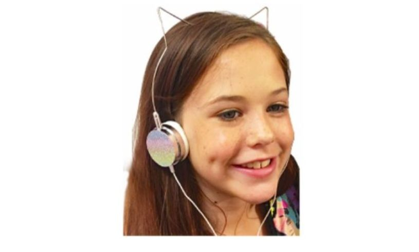 American Jewel Headphones - Rainbow Cat Lifestyle
