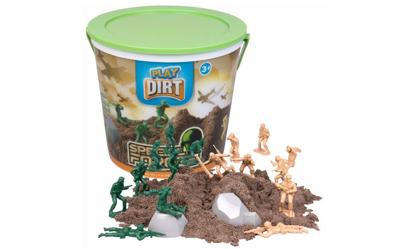 Special Forces play dirt dig in!