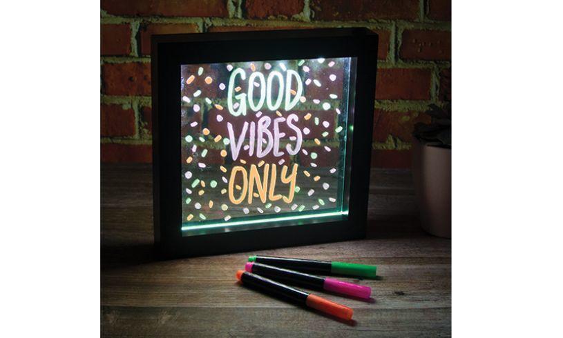 neon effect message frame lights up