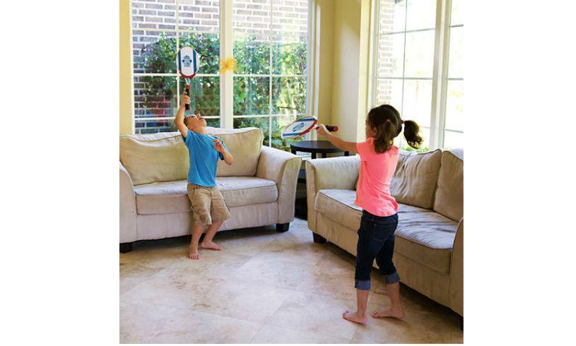 children playing ogominton