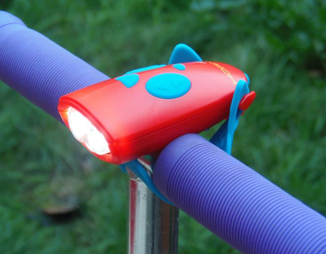 Red mini hornit for scooters and bikes