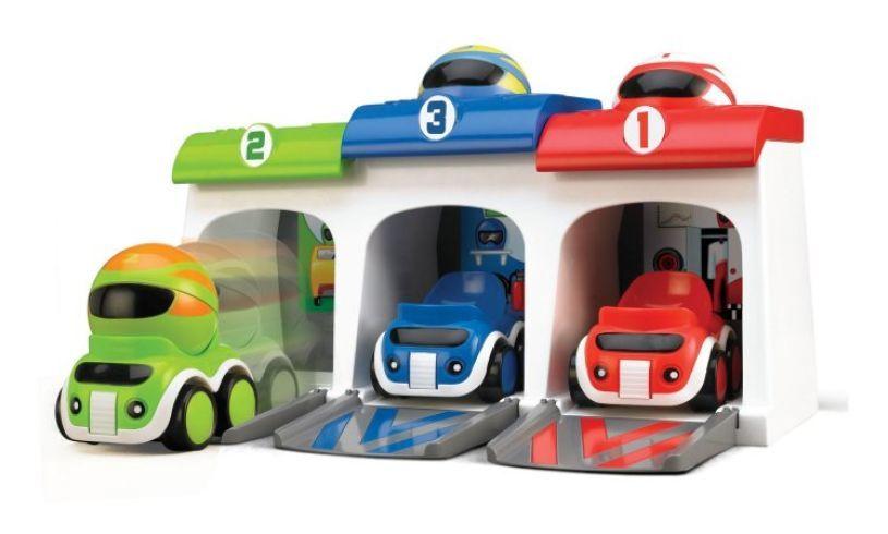Wacky Racers Garage