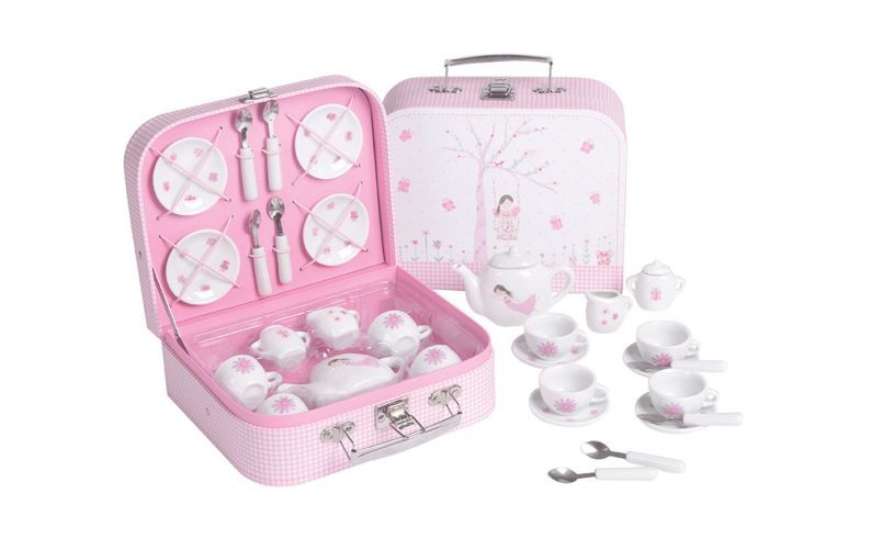 Fairy Princess 15 Piece Tea Set Close Up