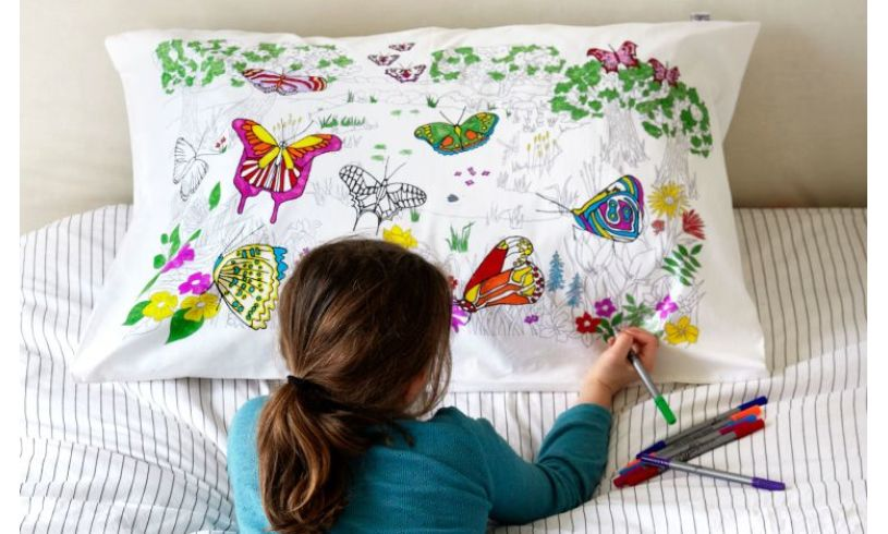 With Pens World Map Cotton Pillowcase to Color-in
