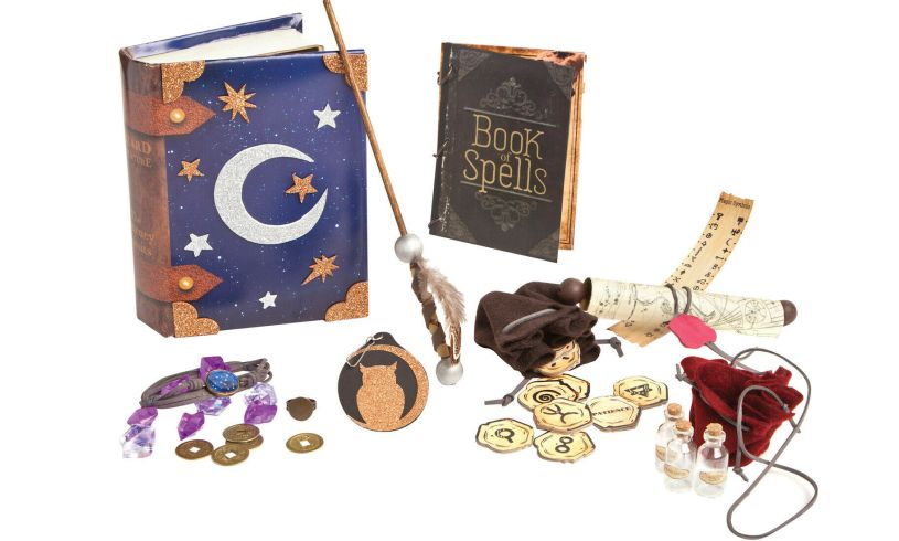 Ann Williams wizard surprise contents