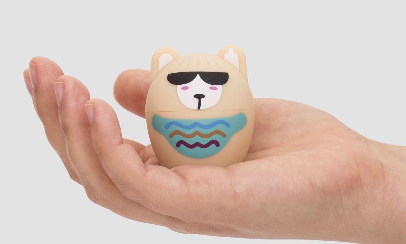Llama Bluetooth Speaker Hand