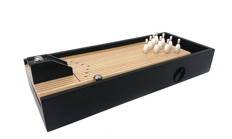 Desktop Bowling Set detail