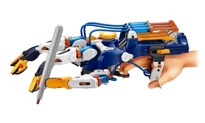 Cyborg Hand in use 2